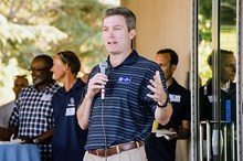 Meyercord addresses the community at a fundraising event, Race to the Finish